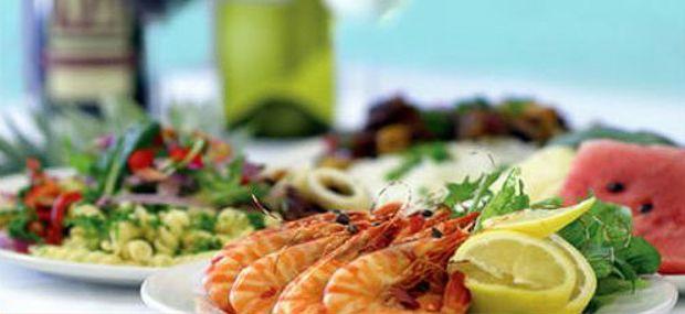 Quicksilver Outer Great Barrier Reef Tour Buffet Lunch