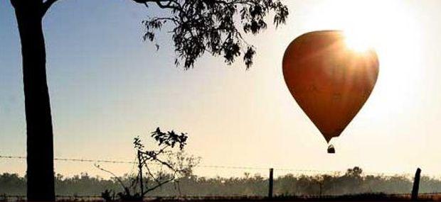 Australian Bush Ballooning Sunrise Hot Air Queensland