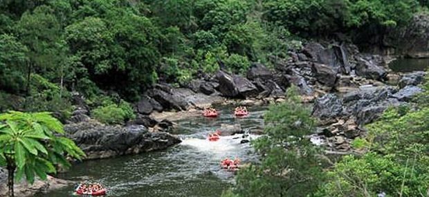 Cairns and Port Douglas White Water Rafting Barron River Gorge with Hot Air Balloon Tour