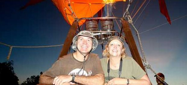 Scenic Hot Air Balloon Ride and Luxury Tour Cairns and Port Douglas